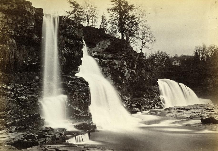 01_James Valentine «The Falls of Clyde, Bonnington Falls»